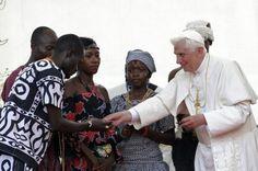 Benedicto XVI visita Benín  Intervenciones de Benedicto XVI durante su viaje a Benín (18-20 de noviembre de 2011)