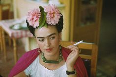 Frida Kahlo. Photo by Nickolas Muray, 1940.