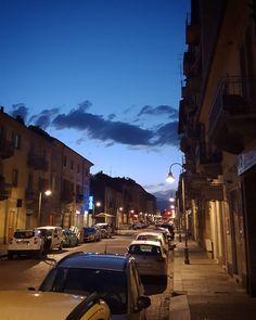 #Torino #Turin #BorgataTesso #seemycity #igerstorino #nofilter #sunset #blue #sky #clouds