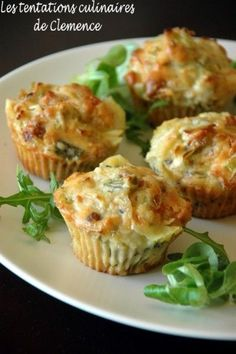 Leek muffins, raw ham, blue cheese and walnuts - Clémence& culinary temptations - I still present you with an easy and ideal recipe for future picnics. What I like about muffins and - Tapas, Quiche Muffins, Good Food, Yummy Food, Snacks, Savoury Cake, Finger Foods, Food Inspiration, Food Porn