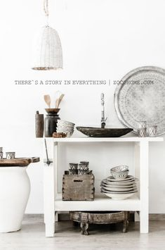 Home decor and Furniture - Zoco Home is specialized in home decoration, Furniture and Interior design Services. Whether you are decorating your home, restaurant or hotel. Natural Living, Home Modern, Shabby, Piece A Vivre, Interior Decorating, Interior Design, Cute Home Decor, Estilo Boho, Rustic Interiors