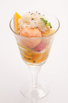 Sample #tropical #Thai flavours - the MTC - made with fresh #mango, #coconut sorbet, Thai #tea ice cream, sticky rice and passion fruit coulis. #FSTaste