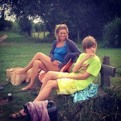 Lekker varen op mooie Nel en zitten op een bankje