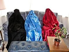 https://flic.kr/p/g2qpdL | 1806 | Varieties of burqa
