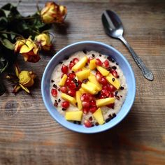 BANANA COCONUT PORRIDGE topped with pomegranate, mango and cacaonibs (scheduled via http://www.tailwindapp.com?utm_source=pinterest&utm_medium=twpin&utm_content=post76696950&utm_campaign=scheduler_attribution)