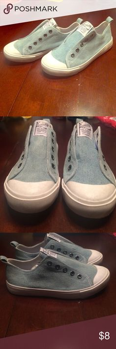 Boys size three slip on tennis shoes Barely worn great quality! Shoes Sneakers