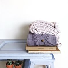 Home - Donegal Cleef Donegal, Visual Merchandising, Ecommerce, Blanket, Bed, Furniture, Home Decor, Knitwear, Proposal