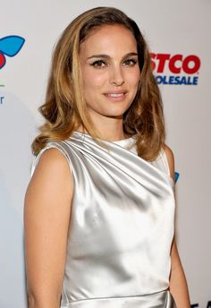 Natalie's lob was the perfect shade of caramel at the Los Angeles Children's Hospital Gala.
