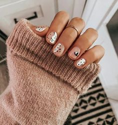 SNS Nails: What Is An SNS Manicure & How Does It Work? Have you been left wondering what exactly an 'SNS Nail' manicure is? We've got all the answers to all your questions. Purple Nail, Burgendy Nails, Magenta Nails, Nails Turquoise, Yellow Nail, Minimalist Nails, Nails Inc, My Nails, Pointy Nails