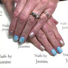 Christmas snow flake blue & gold nails