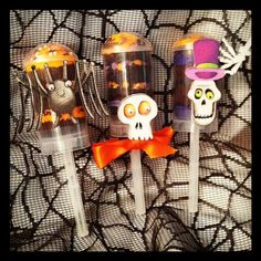Halloween Cake Push Up Pops, how cute