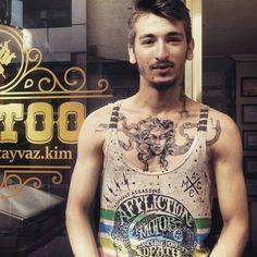 Medusa  Le Tattoo, Tattoos, Medusa, Four Square, Tank Man, Mens Tops, Fashion, Jellyfish, Tatuajes