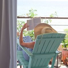 Relax with a book by the beach. Summer Fun, Summer Time, Summer Girls, Summer Days, Bonheur Simple, A Perfect Day, Perfect Place, Beach Cottages, My Happy Place