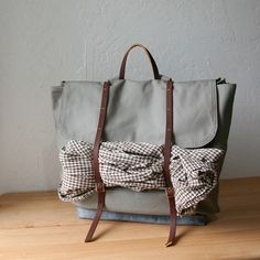 A rucksack! I think I found my new bag. I will add the optional strap for the cross body action option! Excited!!