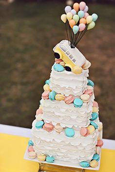 21 Chic and Delicious Wedding Cakes - MODwedding