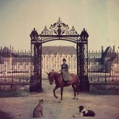 'Equestrian Entrance' 1957 (Estate Stamped Edition)