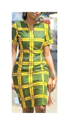 Simple and classy African Fashion Ankara, African Fashion Designers, Latest African Fashion Dresses, African Inspired Fashion, African Print Fashion, Simple Dress Casual, Classy Dress, Hijab Simple, Short African Dresses