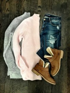 IG: @mrscasual | Blush & gray sweaters, ripped jeans, & UGG booties