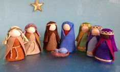 WALDORF nativity scene ** 7 Christmas dolls ** Maria & Joseph * Baby Jesus * 2 shepherds * 3 kings ** DIY Advent calendar ** Steiner dolls ** made in Australia Nativity Crafts, Christmas Nativity, Felt Christmas, Christmas Crafts, Christmas Bells, Christmas Printables, Decoration Christmas, Christmas Holidays, Christmas Ornaments
