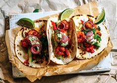 Chipotle prawn tacos with avocado crema - chili & tonic Avocado Crema, Fresh Avocado, Fun Food, Good Food, Chipotle Paste, Spicy Prawns, Quick Pickled Onions, Shrimp Taco Recipes, What To Cook
