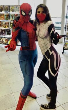 Spider-Man and Silk Cosplays! Couples Cosplay, Cosplay Outfits, Cosplay Girls, Superhero Cosplay, Marvel Cosplay, Winx Cosplay, Venom Costume, Spider Girl, Wild Girl