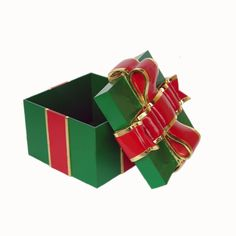 GIFT BOX WITH RED RIBBON MaterialResin and MDF Size1.67 Length (cm)62.00 Width (cm)62.00 Height (cm)55.00 Length (inch)24.41 Width (inch)24.41 Height (inch)21.65 CBM0.21 Weight (kg)20.50