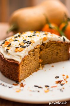 Halloween Butternut Cake - Food for Love - Veganer Kuchen Butternut Cake, Apple Recipes, Sweet Recipes, Quinoa Lunch Recipes, Cake Receipe, Delicious Desserts, Dessert Recipes, Fall Cakes, Halloween Desserts