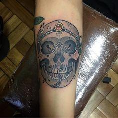 Pequeña pieza del dia de hoy  realizada en @estudioelbosque // con máquina @artdriver_tattoomachines