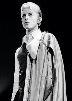 David Bowie - The Thin White Duke live, 1976