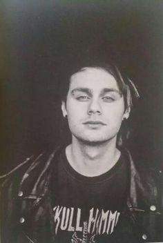 WHY MICHAEL WHY DO YOU DO THIS TO ME WHYYY!!! ❤❤ #TheStrugglesOfBeingAMichaelGirl
