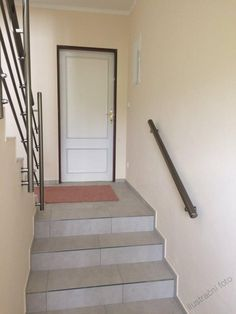 Levné stavebnicové hliníkové zábradlí - www.nejzabradli.cz Stairs, Home Decor, Stairway, Decoration Home, Room Decor, Staircases, Home Interior Design, Ladders, Home Decoration