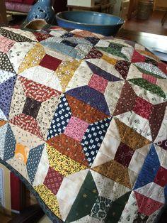 Tie Quilt, Patch Quilt, Quilt Bedding, Quilt Blocks, Fall Quilts, Scrappy Quilts, Crochet Quilt Pattern, Spool Quilt, Star Quilt Patterns