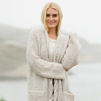 Best Free of Charge knitting cardigan top down Strategies Summer Leaves Cardigan / DROPS – Kostenlose Strickanleitungen von DROPS Design Baby Knitting Patterns, Baby Patterns, Free Knitting, Free Crochet, Crochet Patterns, Drops Design, Winter Fashion Tumblr, Magazine Drops, Knitting For Beginners