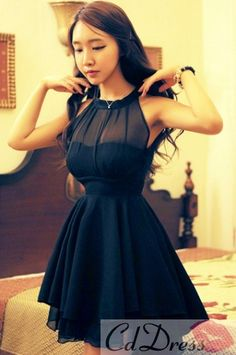 A Line Halter Chiffon Little Black Dress - Bridesmaid Dresses - Wedding Party Dresses - 79.99 Don't mind the does-she-even-have-enough-room-for-internal-organs model
