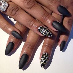 New Nails Black Stiletto Awesome 49 Ideas Silver Glitter Nails, Rhinestone Nails, Pink Nails, French Nail Designs, New Nail Designs, Stilettos, Black Stiletto Nails, Uñas Fashion, Gel Nails French
