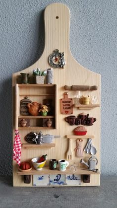 Miniature Crafts, Miniature Houses, Miniature Dolls, Diy Arts And Crafts, Diy Craft Projects, Wood Crafts, Diy Dollhouse, Dollhouse Furniture, Box Frame Art