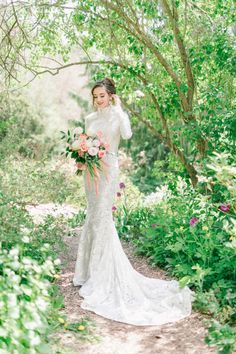 Tuscany Inspired Micro Wedding | ElegantWedding.ca King Photography, Floral Photography, Sonia Singh, Couture Makeup, Rose Decor, Designer Wedding Dresses, Tuscany, Special Events, Gowns