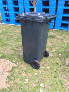 96 gallon commercial recycle trash can outdoor trash can prices – RECYCLE Outdoor Trash Cans, Garbage Containers, Kitchen Waste, Trash Bins, Plastic Waste, John Walker, Recycling, Commercial, Furniture