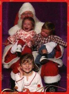 26 Funny Awkward Christmas Photos ~ Sitting on Santas lap, glamor shot Funny Christmas Pictures, Christmas Photos, Family Christmas, Christmas Humor, Christmas And New Year, Funny Pictures, Funny Pics, Awkward Funny, Xmas