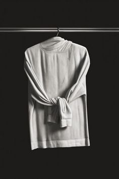 Alex Seton Carves Clothing From Marble