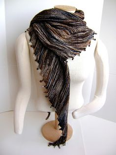 Creative Designs by Sheila Zachariae: Charmed Again Hitchhiker Scarf