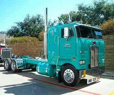Peterbilt 352 COE in spectacular condition! Show Trucks, Big Rig Trucks, Lifted Trucks, Old Trucks, Pickup Trucks, Dually Trucks, Lifted Chevy, Peterbilt 379, Peterbilt Trucks