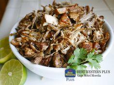 ¿Cuáles son los platillos tradicionales de Morelia? EL MEJOR HOTEL DE MORELIA. Si por algo se distingue la capital michoacana, es por el sabor de su gastronomía. En Best Western Plus Gran Hotel Morelia, le invitamos a hospedarse con nosotros y dar un recorrido por la ciudad para deleitarse con platillos como las corundas, la deliciosa sopa tarasca o unas carnitas al estilo Michoacán. #bestwesternmorelia