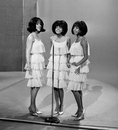Diana Ross' Style (PHOTOS) | HelloBeautiful