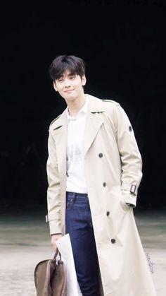 Cha Eun Woo, Korean Celebrities, Korean Actors, Boy Fashion, Winter Fashion, Mens Fashion, Cha Eunwoo Astro, Lee Dong Min, Astro Fandom Name