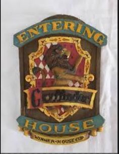 Harry Potter Gryffindor Wall Plaque Entering House @ niftywarehouse.com #NiftyWarehouse #Geek #Gifts #Collectibles #Entertainment #Merch