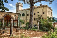 Villa Cimbrone - lies at the end of Ravello.- wedding