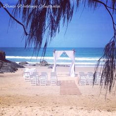Working at my favorite location today - Little Cove Beach Cabarita. Amazing spot for a beach ceremony offering privacy, shade from the trees hanging over the beach and of course stunning ocean and rocks backdrop! #breezeweddings #cabarita #beachwedding #littlecovebeach #wedding #cabaritabeach #cabaritawedding #weddinglocations #lovemyjob #weddinghire #stylist #ideas #beachtheme #perfectweddingday #любимаяработа #свадебныйстилист #свадьбанапляже #свадьбававстралии #босиком #свадьба…