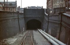 Thurland Tunnel through to Victoria Station, Weekday Cross, Nottingham Old Train Station, Train Stations, Train Tunnel, Derelict Places, Nottingham City, Disused Stations, Train Route, Train Pictures, British Rail