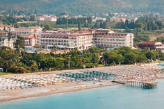L'Oceanica Beach Resort Kemer Offering a private area on a sandy beach in Camyuva, L'Oceanica Beach Resort Hotel features an outdoor pool and a spa centre. It has free Wi-Fi and air-conditioned rooms with satellite TV and private balconies.